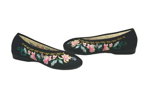 Brocade Embroidery Floral Shoes