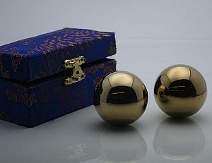 #4 Golden Chinese Healthy Exercise Massage Metal Balls